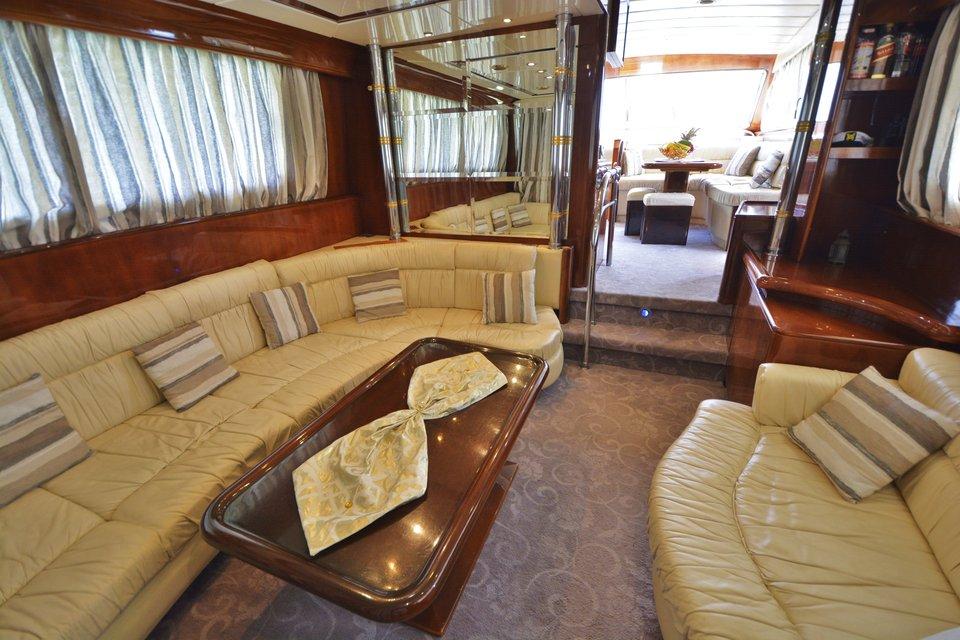 koursaros-yacht-olympian-cruises05